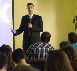 sales keynote speaker